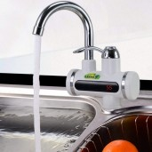 Instant electric water heating tap